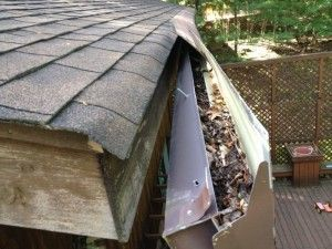 5 Signs Your Gutters Are Going Bad